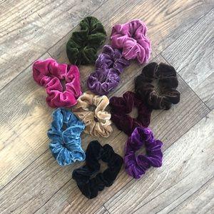 Velvet scrunchies 10 count